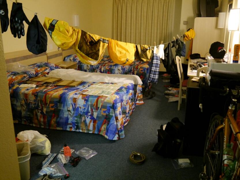 motel clothesline