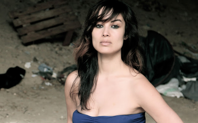 Berenice Marlohe Wallpaper