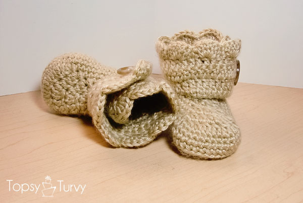 Crochet Wrap Around Button Baby Boots Pattern : tangled happy: Wrap Around Button Baby Boots