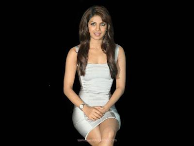 Priyanka Chopra Don 2 Glamour Wallpaper