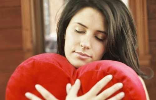 mulher apaixonada amor paixão amando
