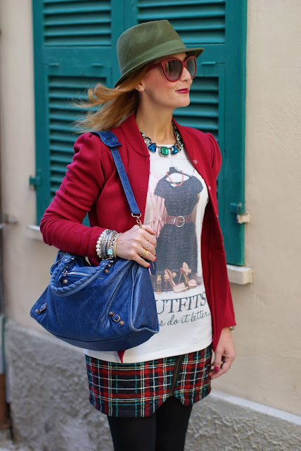 Bloggers do it better blouse, Balenciaga City blue, green fedora hat, Fashion and Cookies, fashion blogger