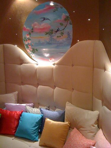 La suite de Marie Antoinette Finale de l'hôtel Seven Paris via www.dormitorios.blogspot.com