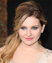 Abigail Breslin Hairstyle