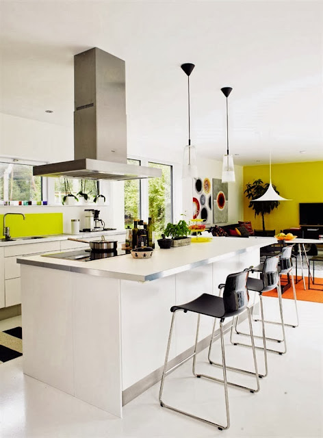 Interior Dengan Aksen Warna Tegas 4