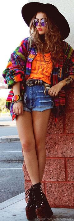 Top 5  Amazing Hippie Style Clothing