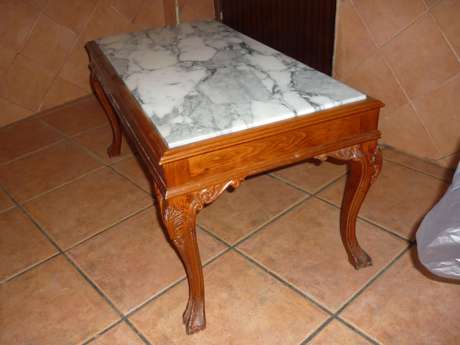 Arte en el desv n mesa auxiliar recuperada i for Mesas auxiliares de diseno