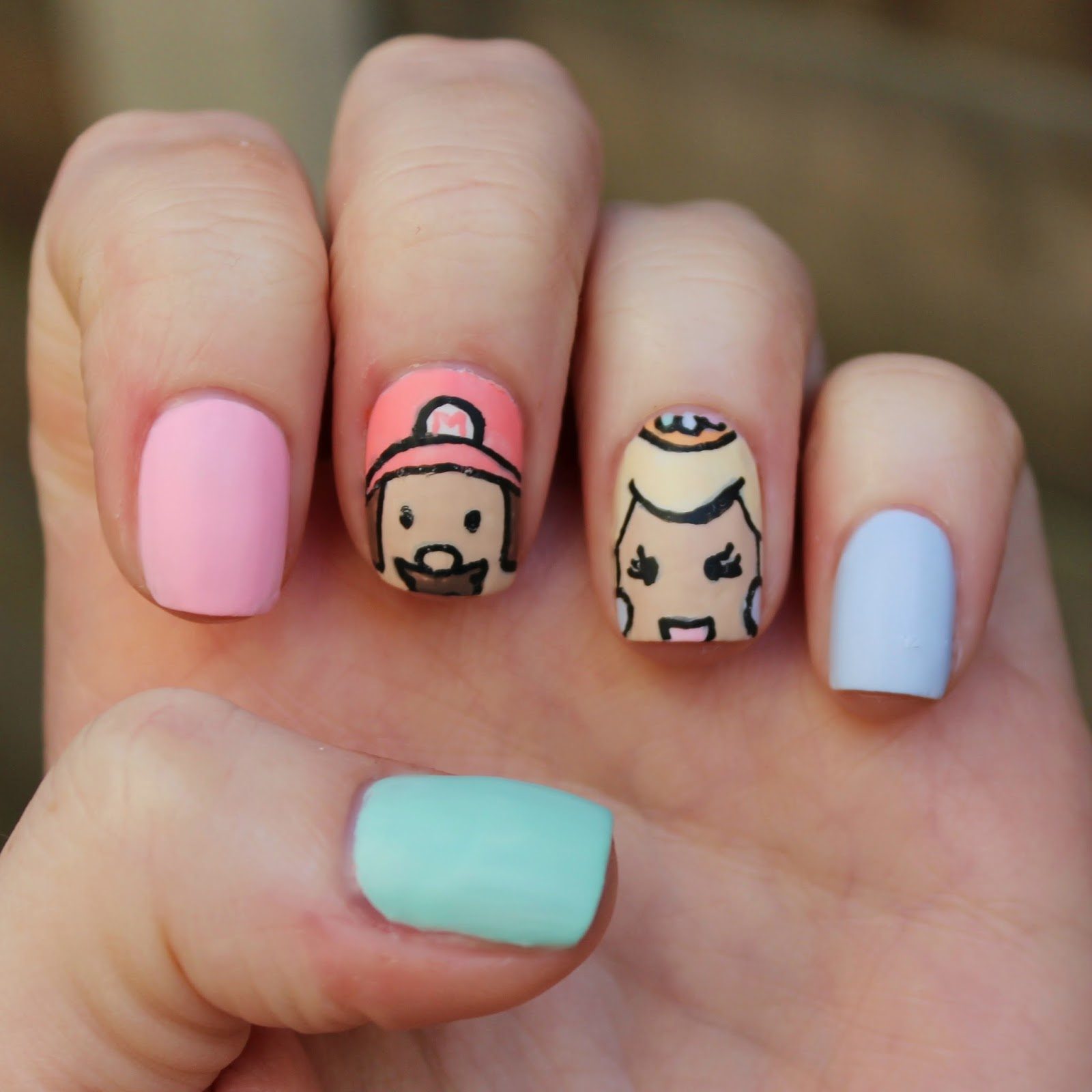Dahlia Nails: Mario and Peach Nails