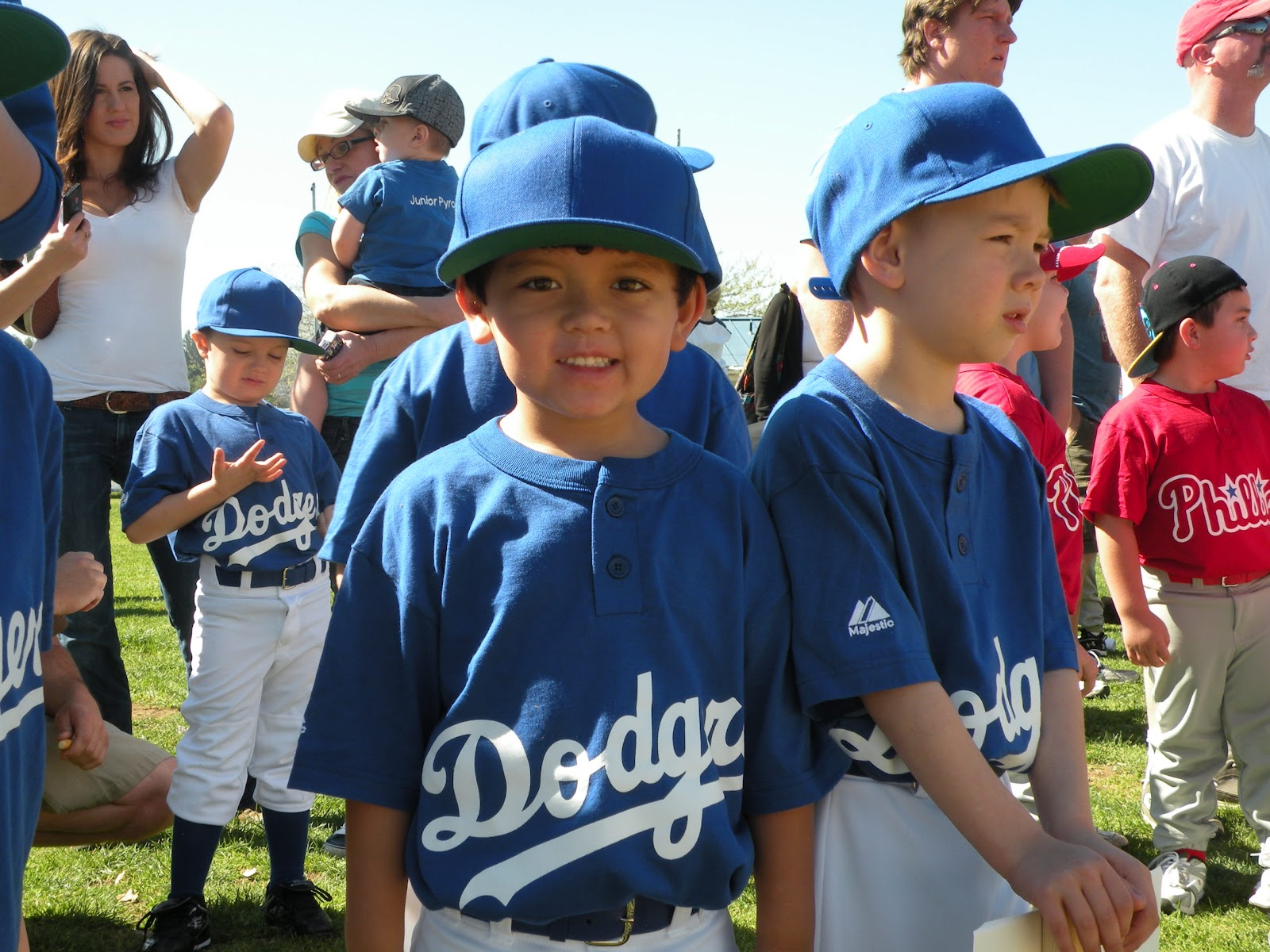 summer ritual of little league baseball in full swing Once a player is chosen for a senior majors team, the player remains on the same team until he reaches babe ruth league age 16 each team has 13 players a minimum of three thirteen year olds must be on each team.