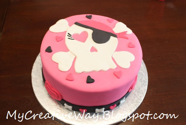 Girly Skull Cakes http://www.my-creativeway.com/2011/04/girly-pink-skull-cake.html