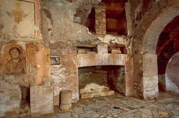 Roma Sotterranea e Segreta: I sotterranei di S Cecilia in Trastevere e gli affreschi medievali ritrovati nel Coro di Clausura