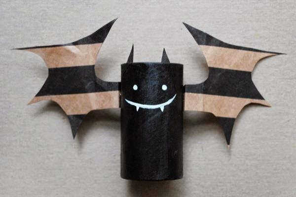 Decorating Ideas > 7 Easy Paper Craft Ideas For Halloween Celebration  ~ 071241_Halloween Decoration Ideas Paper