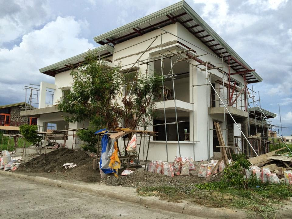Two storey philippine residential house design joy for Two storey residential house design