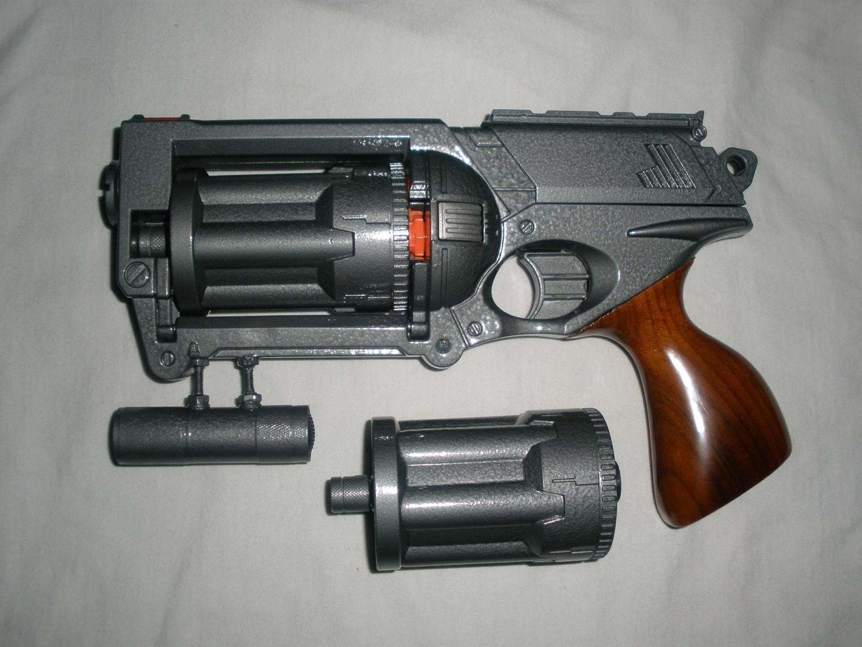 фальшивый пистолет Ops_pic2