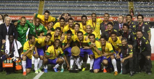 9f1e76d54a Futepoca  Durval é Campeão! Brasil é bi do Superclássico das Américas
