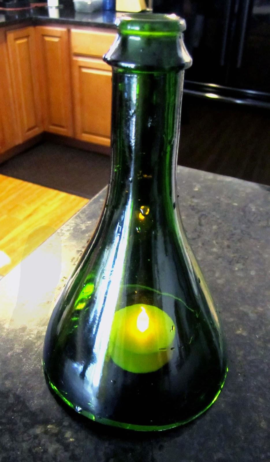 Being Happee Cutting Wine Bottles