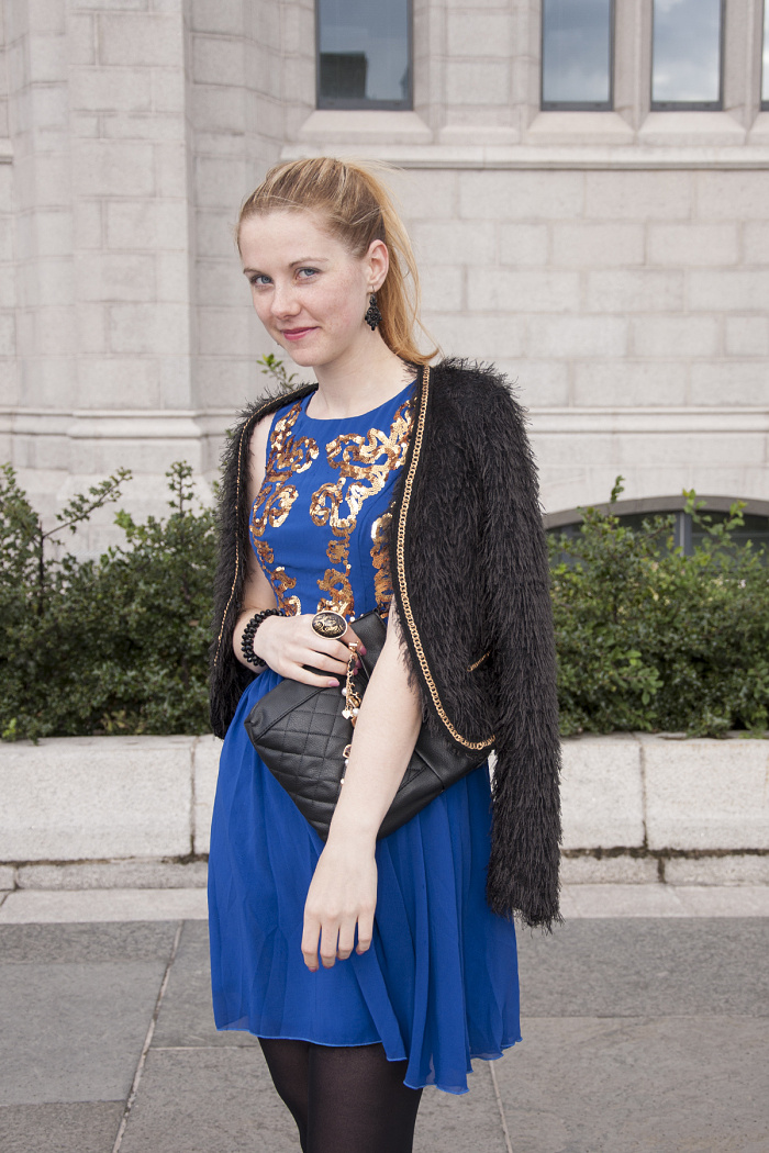 chichi dress, blue dress with gold sequins, czech blogger, aberdeen