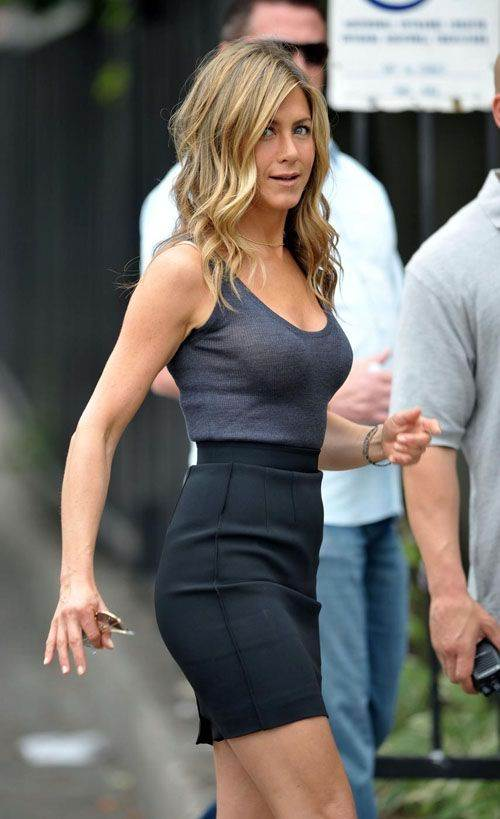 jennifer aniston pleasure