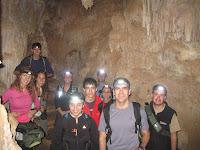 Dins la cova de camí cap a la sala gran