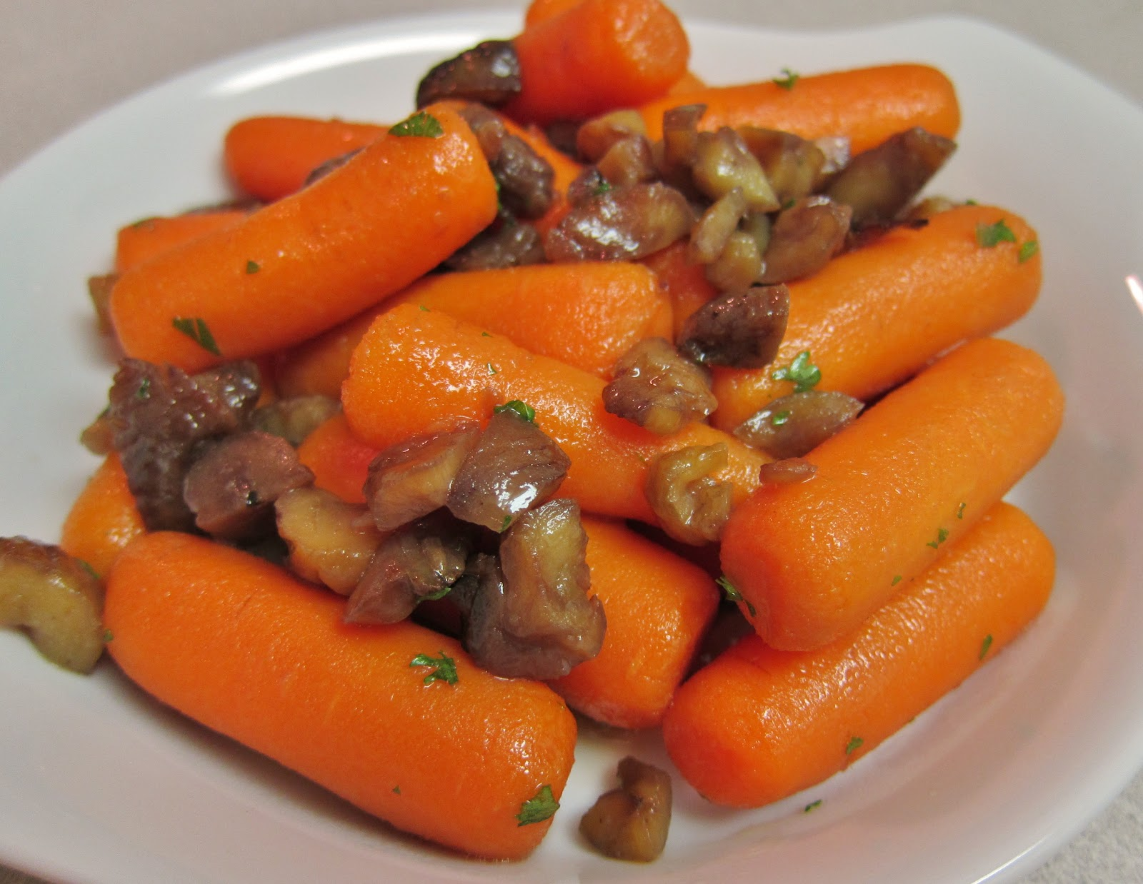 The Vegan Chronicle: Glazed Carrots with Candied Chestnuts