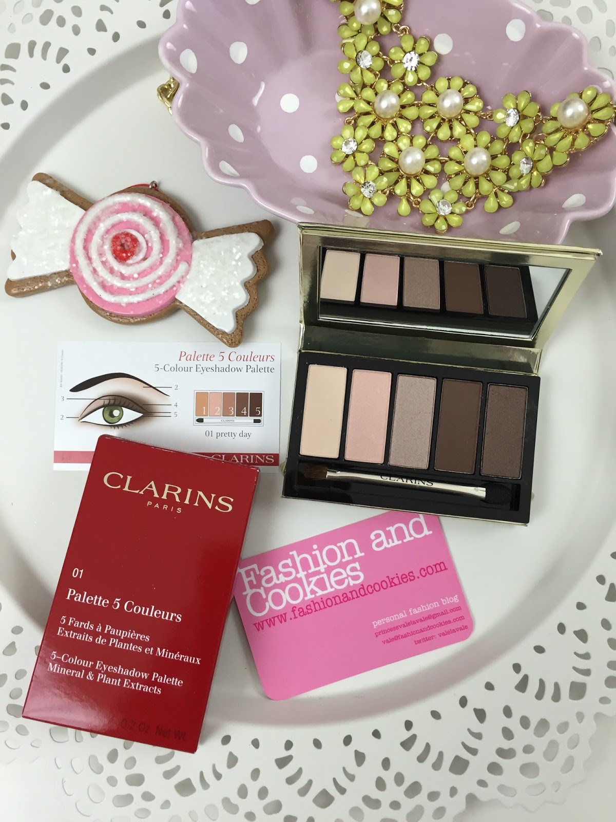 Clarins Pretty Day Eyeshadow palette Limited Edition on Fashion and Cookies fashion blog, fashion blogger style
