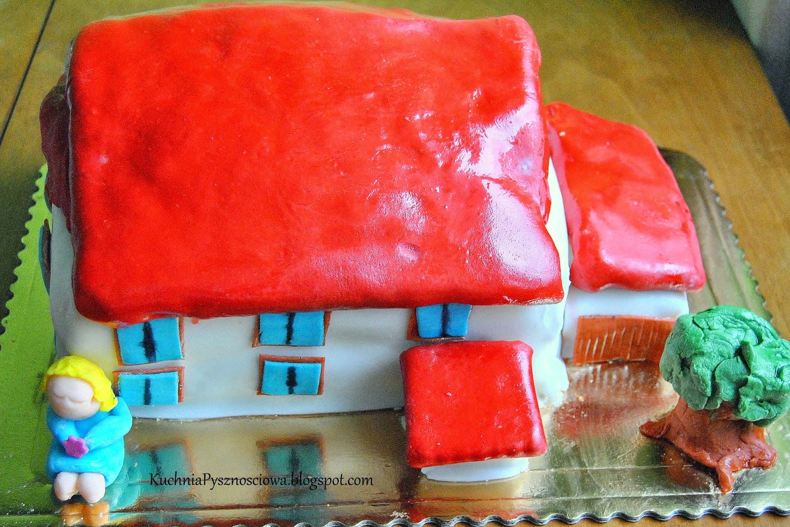 Tort dla prawdziwego faceta, z domem, drzewem i blond niewiastą