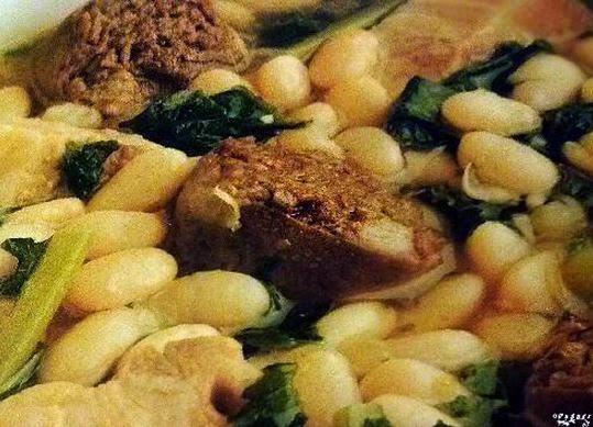 Como Cocinar Los Grelos | Recetas Caseras De Cocina Alubias Blancas Con Grelos