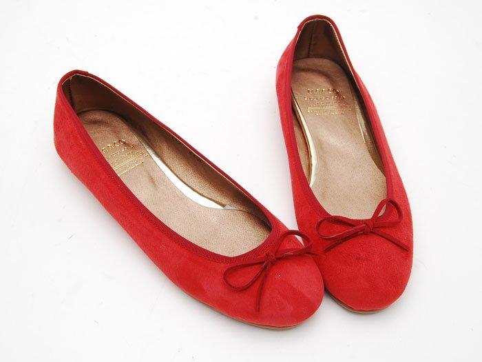 Gambar Gaya dan Model Flat Shoes untuk Wanita 2014