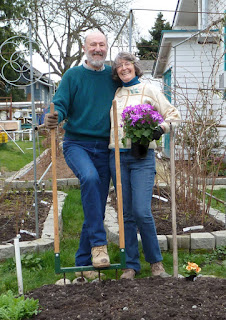 Kent Buttars and Patricia Stimac, Organic Seattle Wedding Officiants