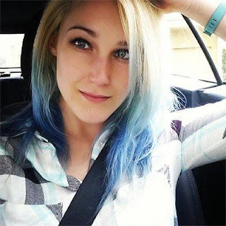 10 Gamer Wanita Paling Cantik dan Seksi di Dunia