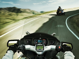 2012 Can-Am Spyder RT-S Review Motorcycle Photos 2