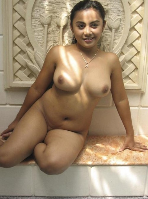 Saree Nude Indian Girls Hot picture