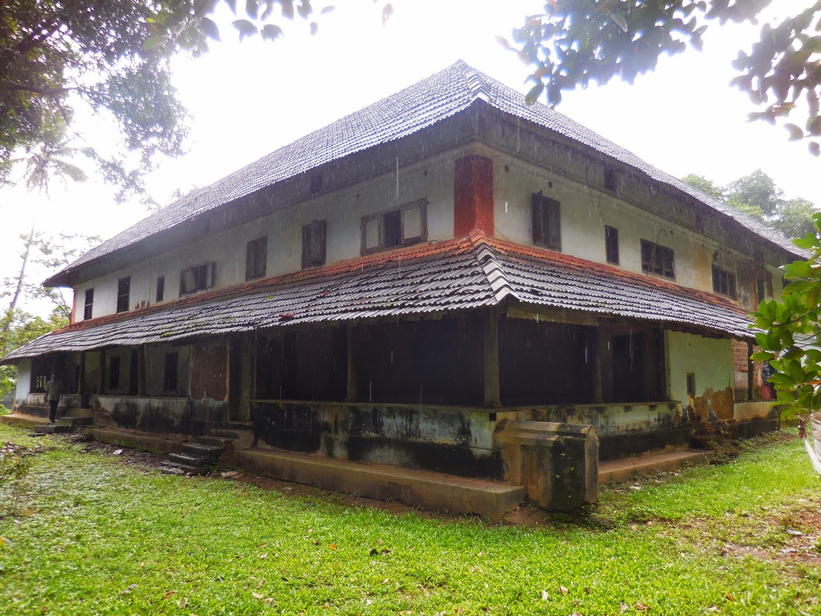 location kerala original 16kettu house in kerala