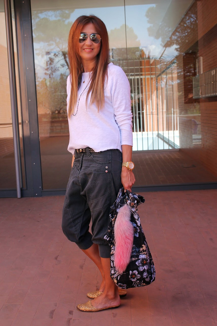 Surfer Bag, Look Surfero, Street Style, Baggy, T-shirt American Vintage, Shoes Castañer, Carmen Hummer Style, Hummeradict