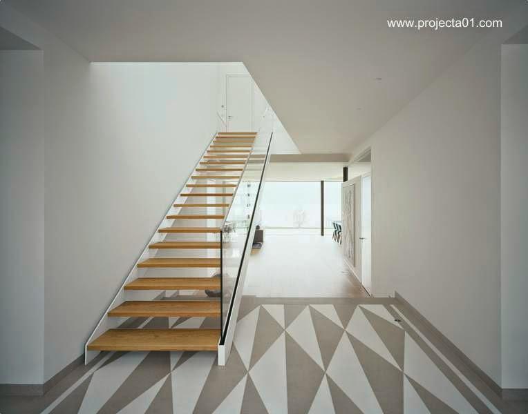 Interior de residencia ultramoderna de verano en Austria