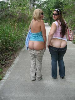twerking girl - rs-Multiple_Girls_3_1630287370-745253.jpg