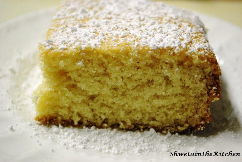 Shweta in the kitchen basic vanilla sponge cake eggless for Basic vanilla sponge