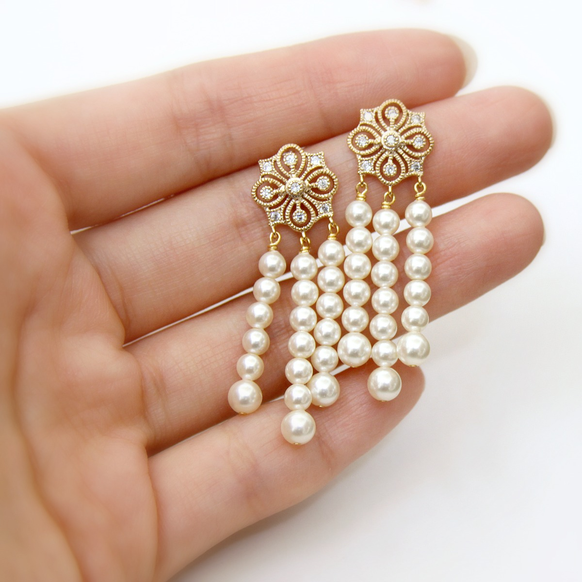 jewel me love daisy earrings great gatsby inspired pearl