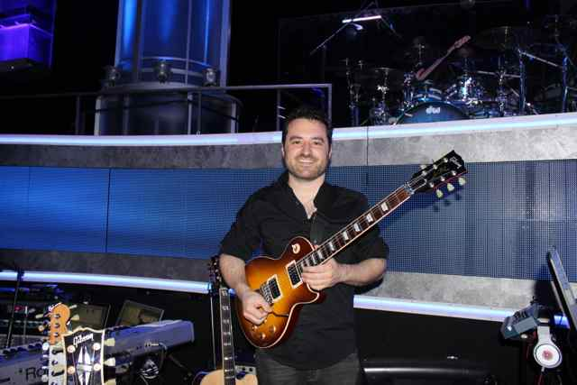 American Idol Guitar Player Tony Pulizzi with Gibson Les Paul Axcess
