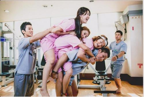 "Bae Suzy Sweet Moment ""Happy Together"""