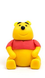 Winnie the Pooh fondant figurine front