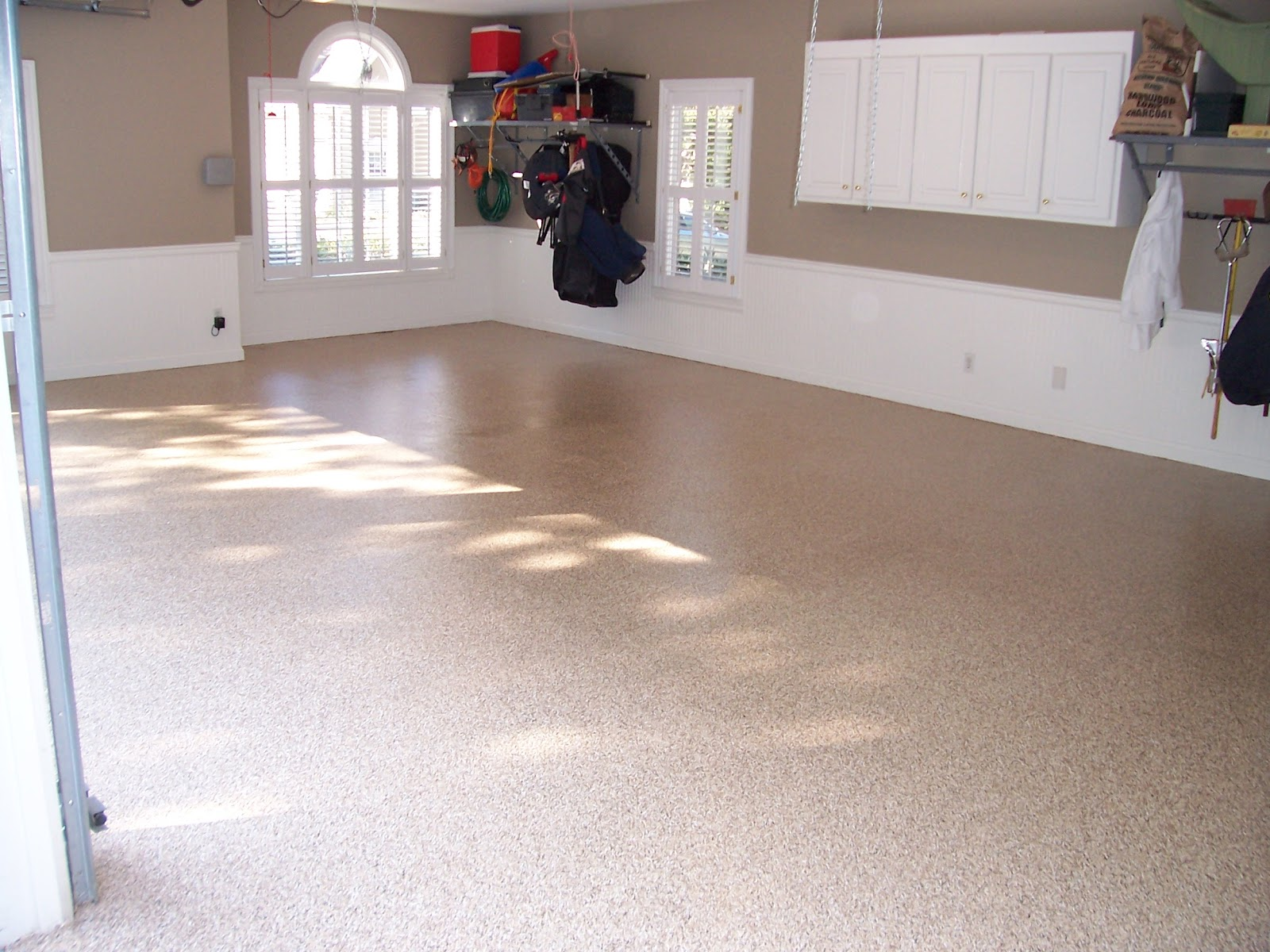 Birmingham garage flooring choices options epoxy garage for Garge floor
