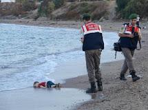 Pai de crianças que morreram afogadas vai levar corpos de volta para Síria