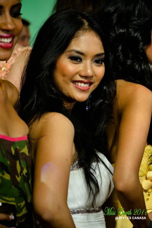 Inez Elodia Maharani (Wakil Indonesia di Miss Earth 2011) Journey