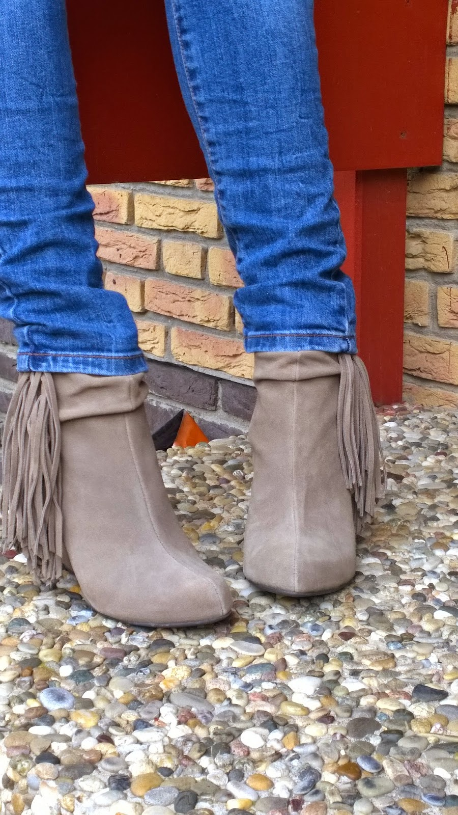 Taupe Suede Ankle Boots with fringes