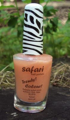 Lakier Safari nr.153 od Quiz Cosmetics.