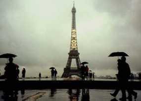 Tips Traveling Saat Musim Hujan
