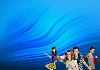 Morangos com Açucar em Posters Wallpapers A Dançar em Musical com fundo de tela Ondas Azuis