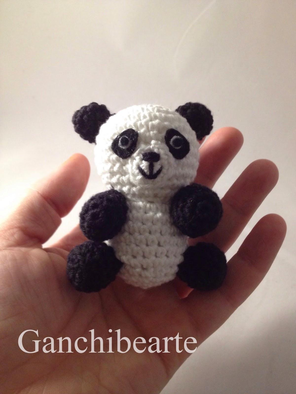 Ganchibearte: Tito panda (free pattern)