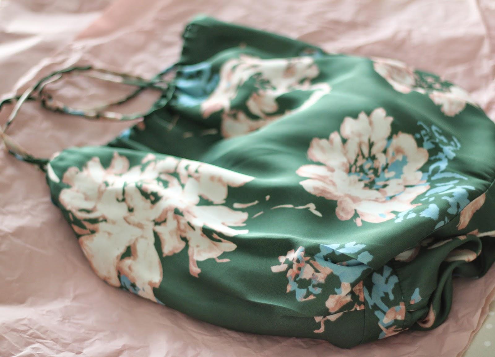photo_mono-flores-verde-zara